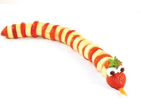 serpiente de fresa y platano